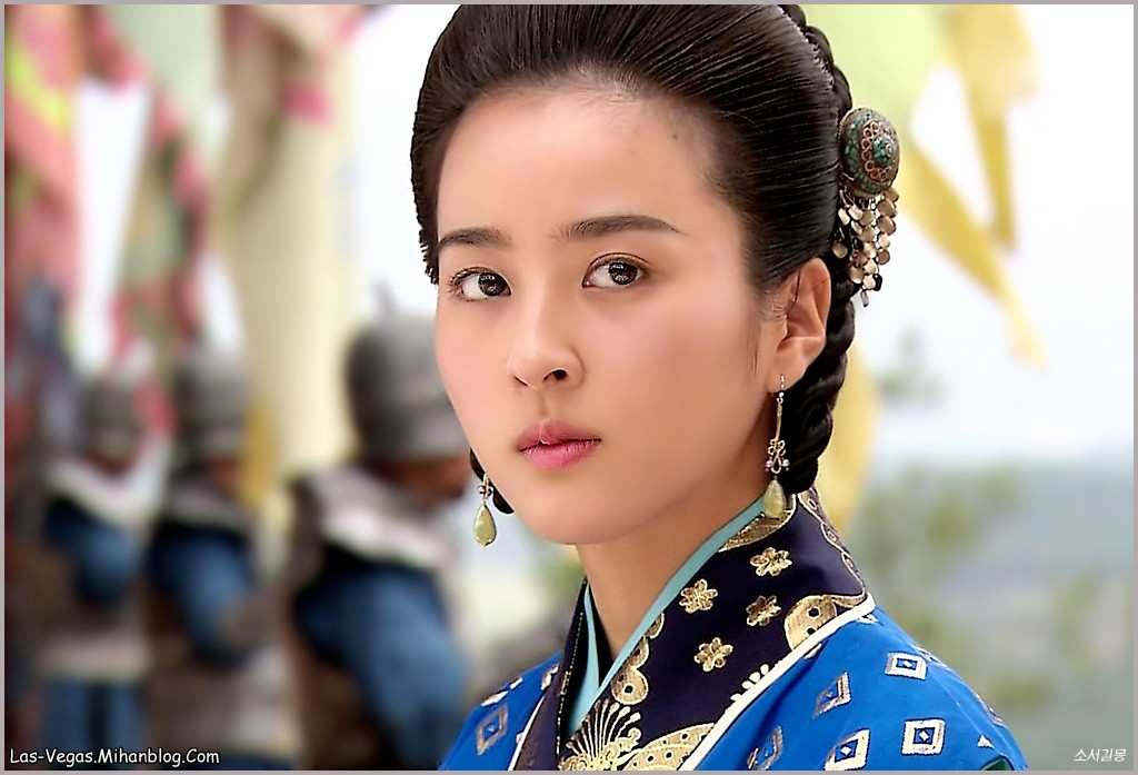 http://las--vegas.persiangig.com/Korean%20Pictures/Han%20Hye%20Jin/Best/Soosano-Han%20Hye%20Jin%20(13).jpg